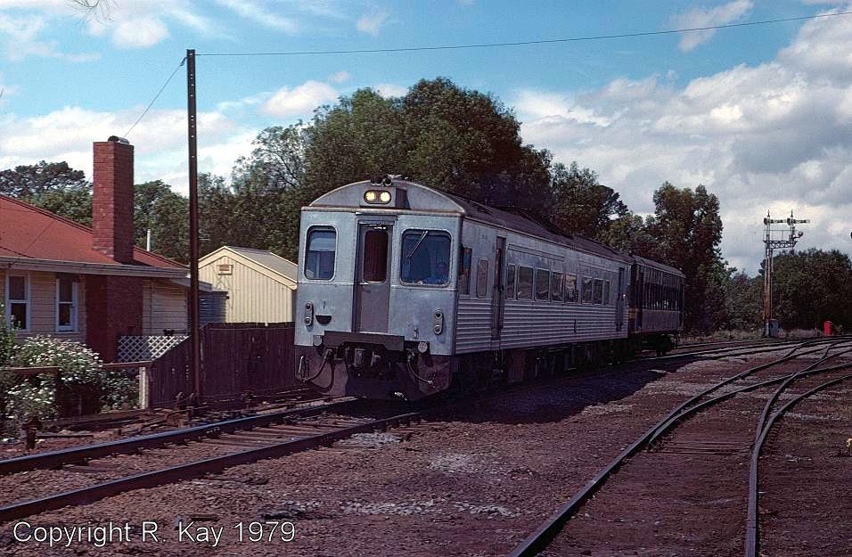 DRC-42 & 30MT at Bacchus Marsh by Robert Kay