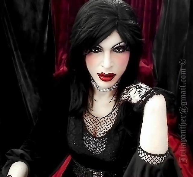 Dark gothic look