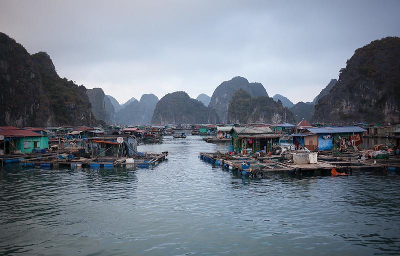 Floating Village @ Lan Ha Bay, Vietnam
