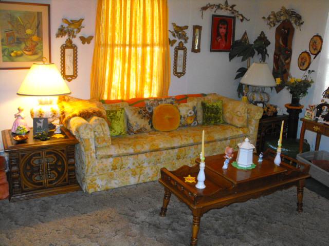 70 S Living Room Denise Mendez Flickr