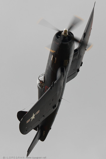 Chance-Vought F4U-7 Corsair