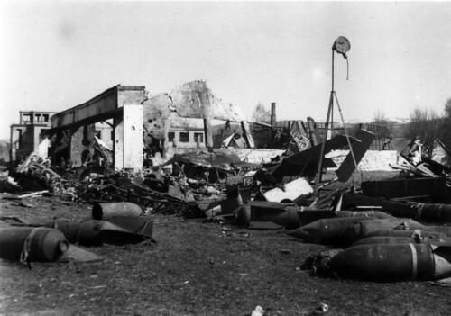Værnes Flyplass etter engelsk angrep