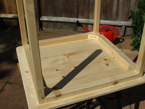 Starting to varnish the table | by lilspikey