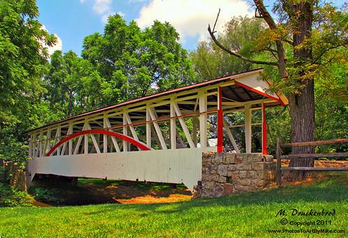 river landscape pennsylvania scenic pa coveredbridge historicbridge bedfordcounty bedfordcountypa landscapephotograph drkniselycoveredbridge drknisely
