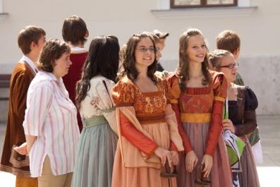 2010. augusztus 14. 8:51 - barokk esküvő sajtó (3)