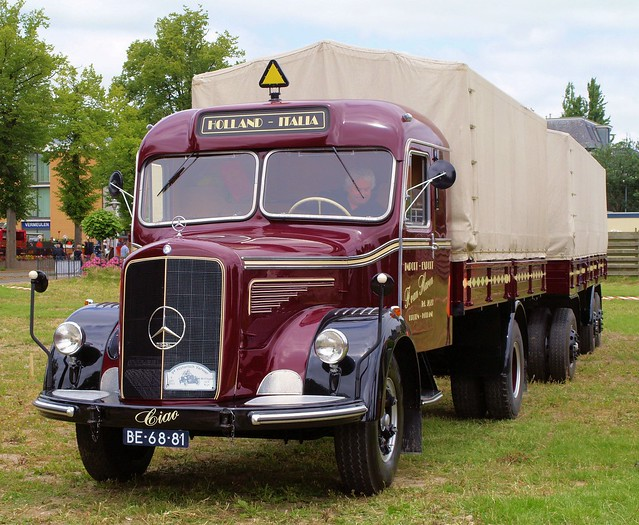 1953 Mercedes L6600