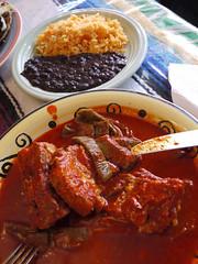 日, 2011-06-26 17:46 - Café Ollin Costillas En Chile Ajoとご飯と豆