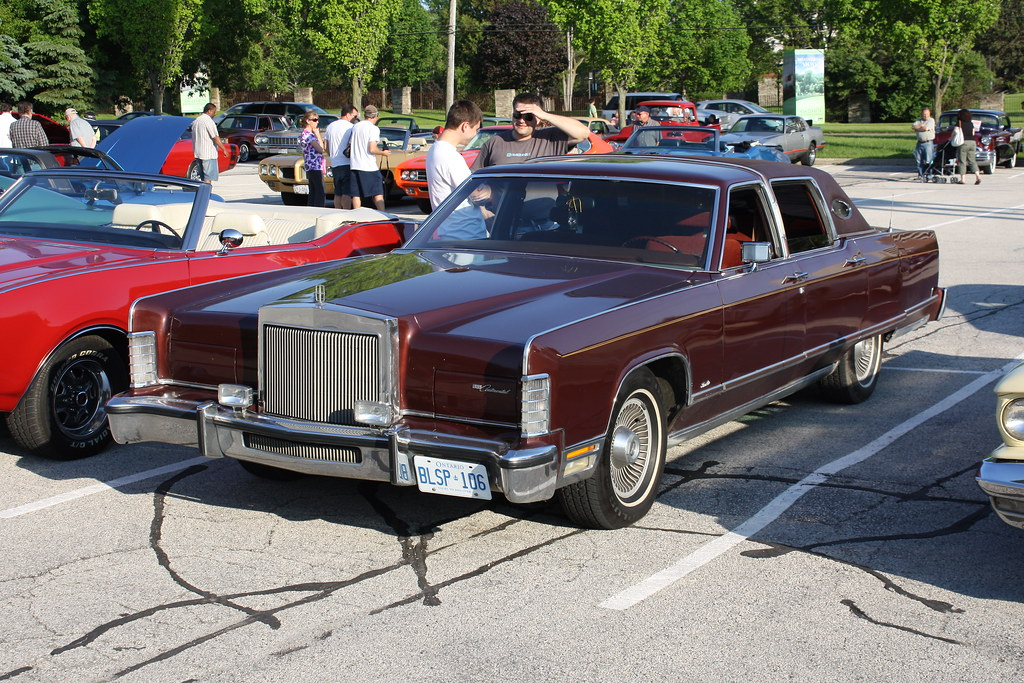 1977 Lincoln Continental Town Car 4 door | Richard