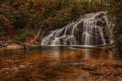 longexposure mountains nature landscape waterfall nikon northcarolina cascade hdr thompsonriver photomatix neutraldensityfilter tonemapped nikond90 whiteowlfalls