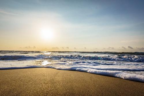 ocean morning blue sea sun beach water clouds sunrise gold golden sand madras sunny clear goodmorning chennai aura ecr bayofbengal thiruvanmiyur eastcoastroad aurum tiruvanmiyur thiruvalluvarbeach