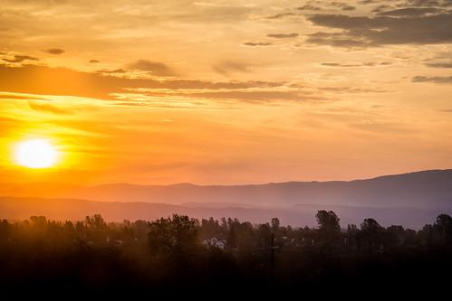 mountains sunrise d7200