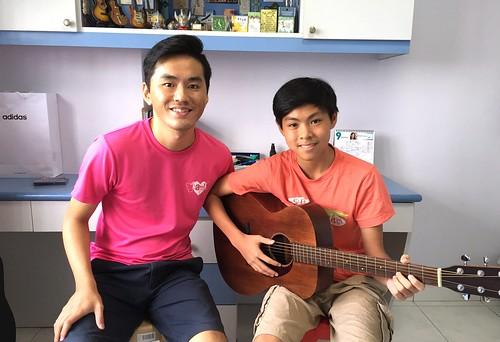 Private guitar lessons Singapore Eyan