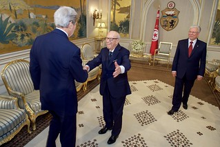 Tunisian President Beji Caid Essebsi, joined by Foreign Minister Baccouche, Welcomes Secretary Kerry to the Presidential Palace in Tunis