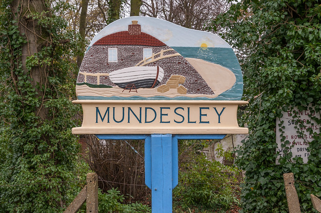 Mundesley Village sign_16