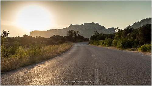 city sunset summer sun holiday france color castle nature canon landscape europe cityscape outdoor roads provence cvk lesbauxdeprovence provencealpescôtedazur frankrijk fr theroom chrisvankan cvkphotography photography