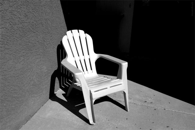 triangulated chair