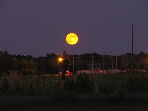 sky moon full fullmoon geotag outdoorsdelmarva