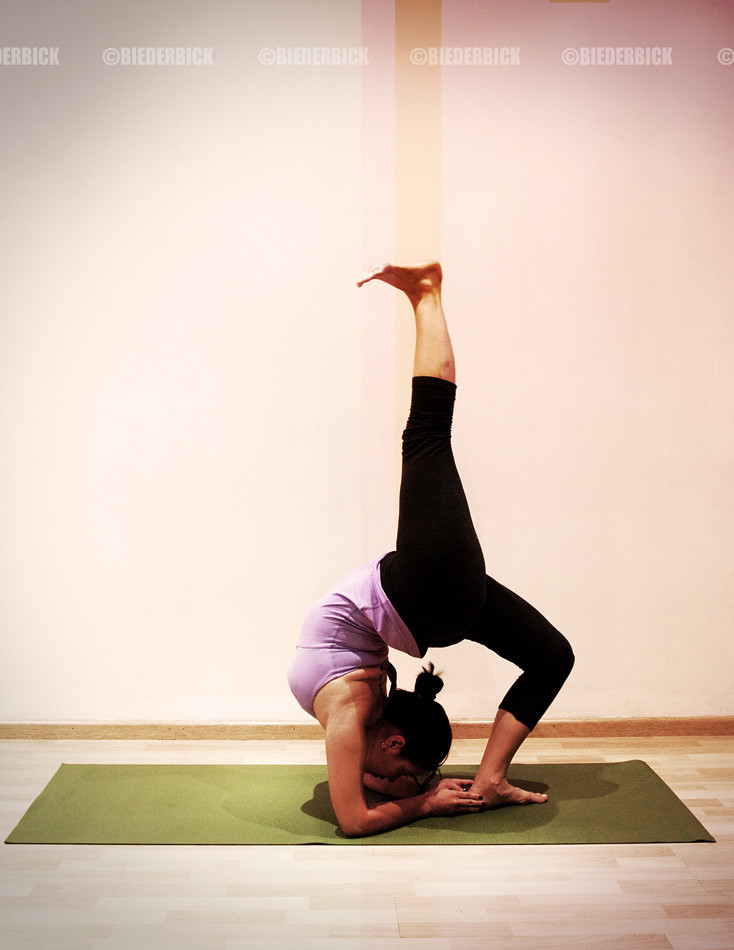 Eka Pada Viparita Dandasana 2 Elena Tamayo Anusara Yoga Flickr