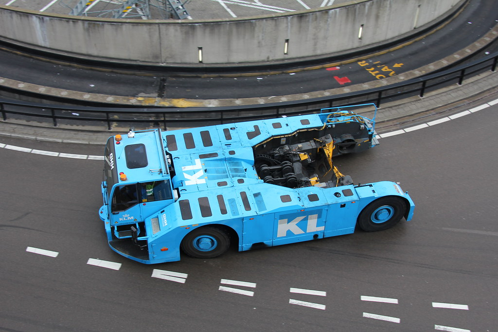 Tow For Less >> Towbar Less Tow Truck A Townbar Less Tow Truck Of Klm Mad