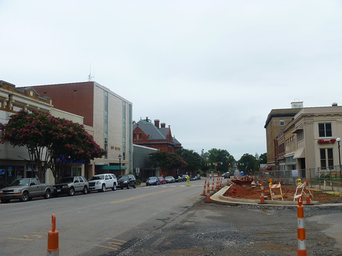 downtown northcarolina courthouse statesville iredellcounty