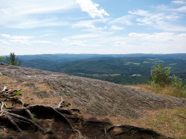 0:17:51 (19%): vermont bradford hiking wrightsmountain wrightsmountaintrail