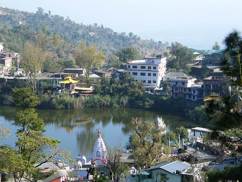 india lake village buddhist sikh hindu pilgrimage himachalpradesh rewalsar theindiatree rawalsar