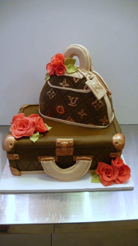 Swell Lv Cake Louis Vuitton Birthday Cake Client Sent Me A Phot Flickr Birthday Cards Printable Benkemecafe Filternl