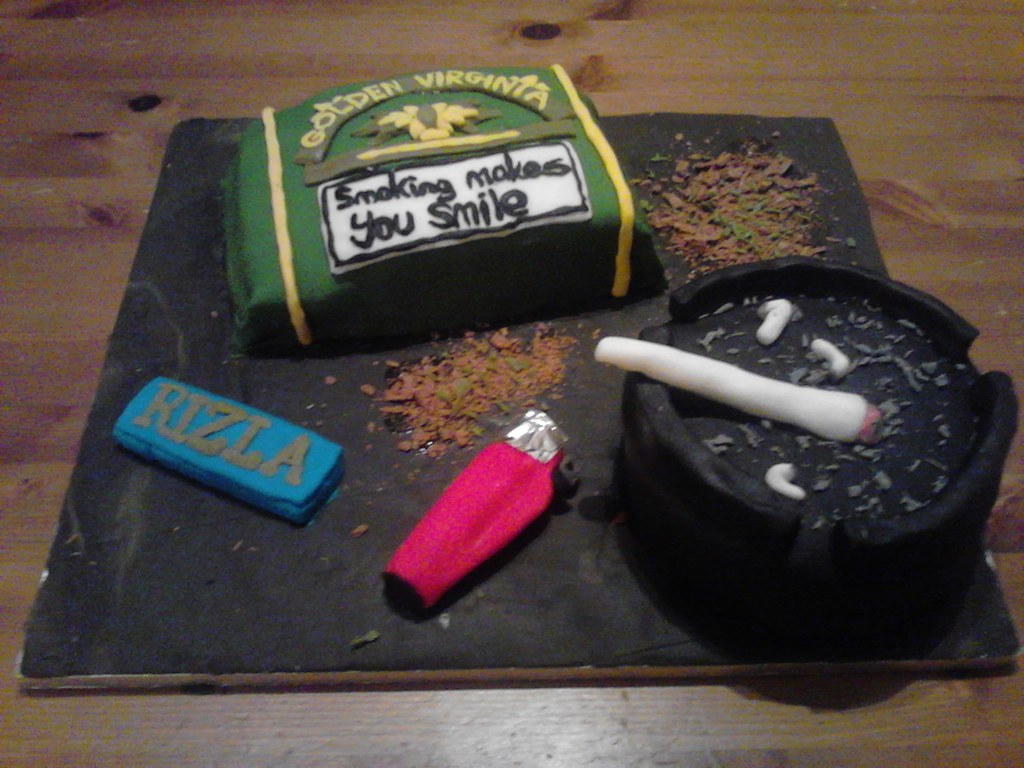 Stoner Cake2 | Birthday cake for a stoner | Mark Acraman | Flickr