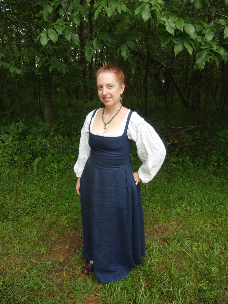 Flemish Kirtle - Front View | Here's the Flemish kirtle from