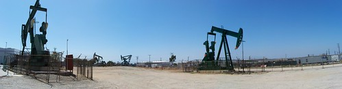 Signal Hill CA active oil field 2011 | by haymarketrebel