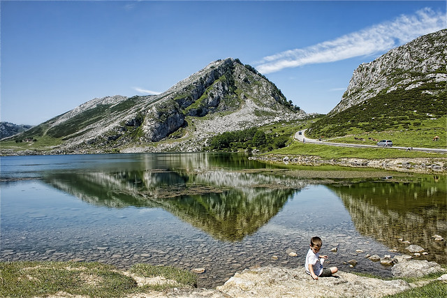 Lagos de Covadonga. Lago Enol, Asturias.