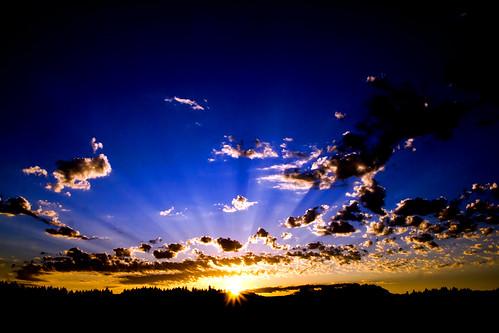 morning blue nature clouds oregon sunrise rays colorblue skyshots stayton
