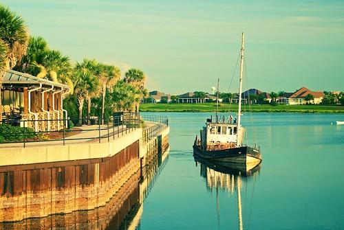 sunset lake water pier boat pond florida palmtrees shipwreck