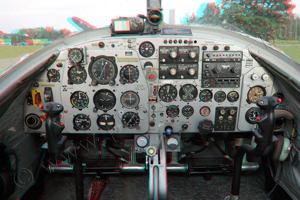 3D cockpit web | 3D anaglyph Cockpit from an classic airplan
