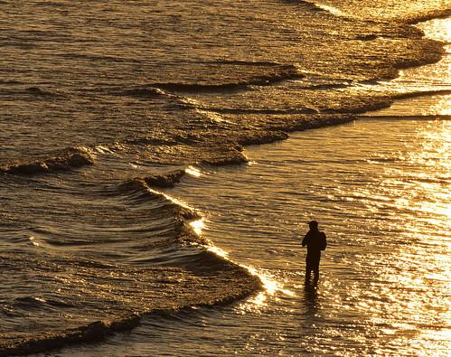 morning sea sunrise reflections waves pesca reflejos angler angling sanantolín smcpentaxda300mmf40edifsdm pentaxk5