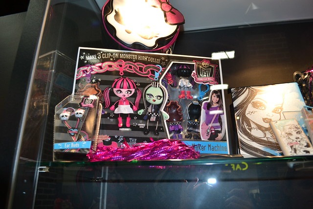Monster High Comic Con preview 038