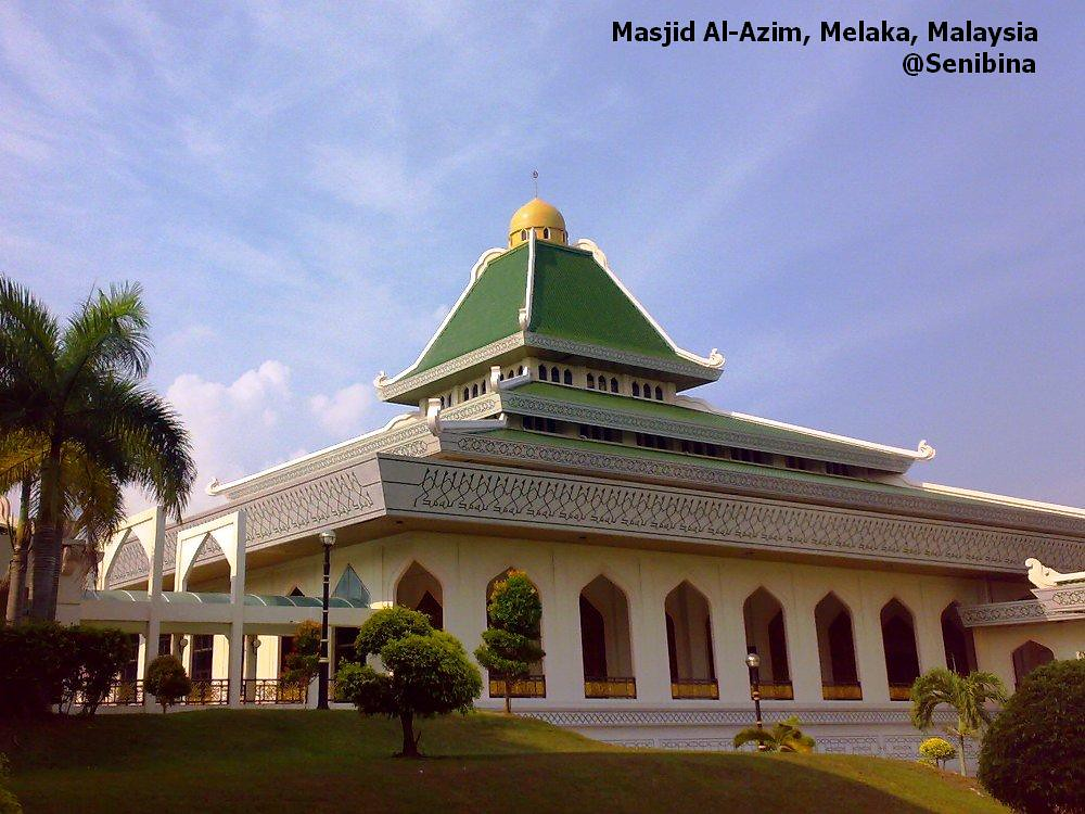 Masjid Al Azim Main Mosque Melaka Senibina A Beautiful L Flickr