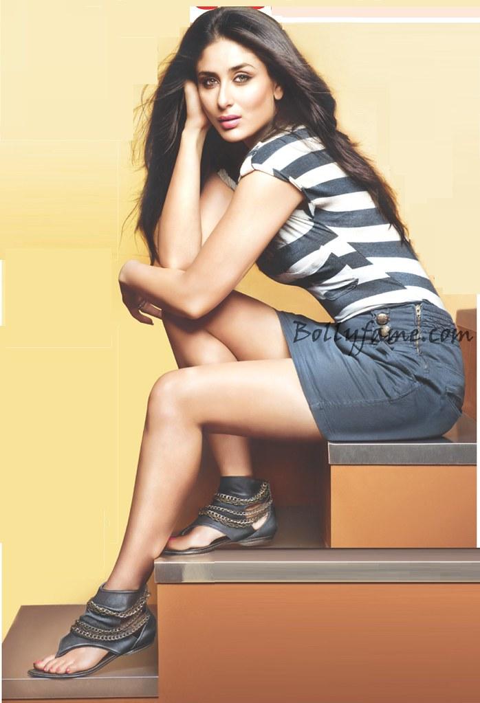 Kareena Kapoor Cross Legs Show In Black Mini Top