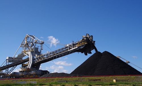 Coal loader P4393 | by eyeweed