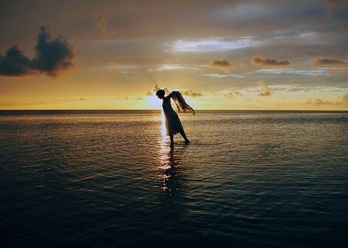 sunset woman beach water silhouette florida hernando pineisland weekiwachee