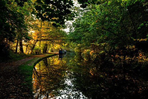 autumn trees reflection water sunrise reflections ian photography dawn canal shropshire bend shropshireunioncanal wright fin llangollencanal llangollen 6d ianwright ellesmere blakemere shropshireunion thewelsh finwright finwrightphotographycouk finwrightphotography