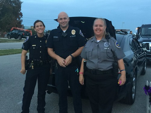 2016 Trunk or Treat   by speedwaycommunitypolicing
