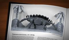 Stegosaurus by CeciΙie