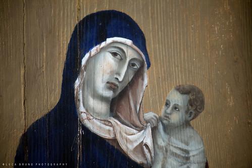 Madonna su legno