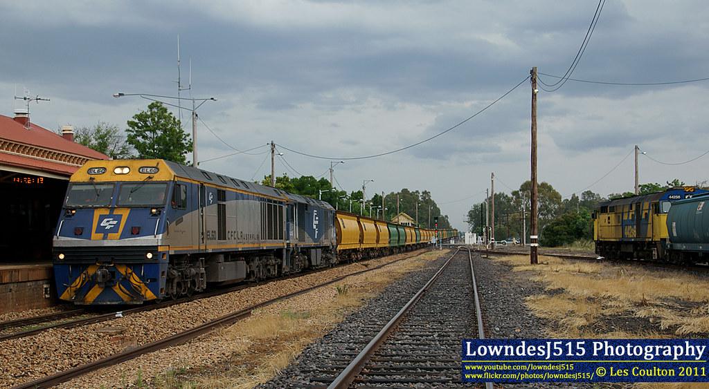 EL60, GL103 & 442S6 at Benalla by LowndesJ515