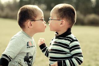 twins | by sweetkendi-kendi