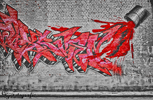 HDR Graffiti B&W and Red | by Casper Perdaems
