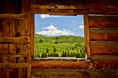 trees summer usa mountains window nature architecture clouds barn canon landscape scenery colorado unitedstates natural hiking scenic wideangle bluesky historic trail homestead steamboat 1022mm 1022 steamboatsprings canon1022mm madcreek t2i madcreektrail canont2i madbarn