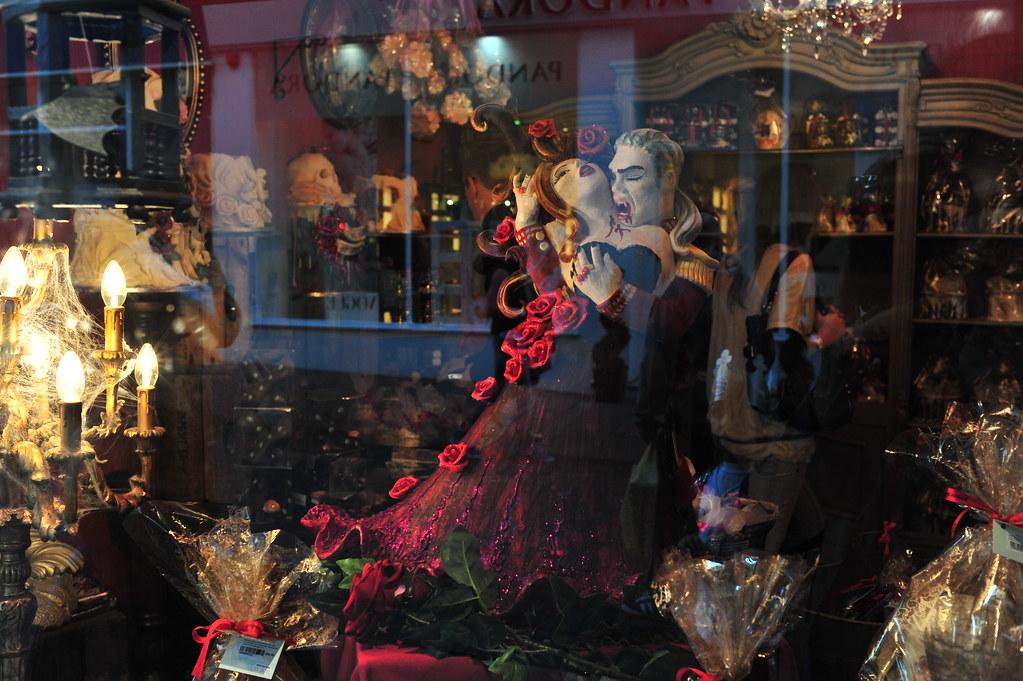 Halloween Shop Displays.Choccywoccydoodah Halloween Shop Window Display Lord Cogsby Flickr