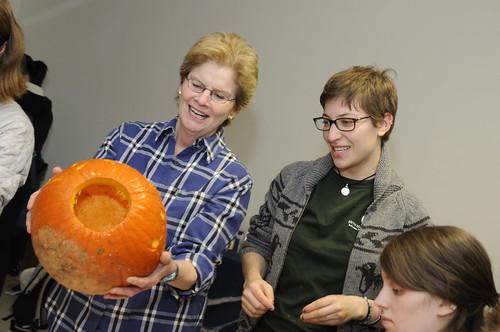 Pumpkin Carving 051